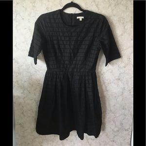 🎈Gap black eyelet fit and flare dress D08